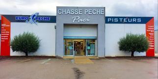 Chasse Pêche Paci Clermont l'Hérault vend des articles de chasse et de pêche.
