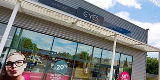 Eyes Optic Pézénas est un opticien qui vend des montures, des lunettes et des solaires à prix réduits.(® SAAM fabrice Chort)